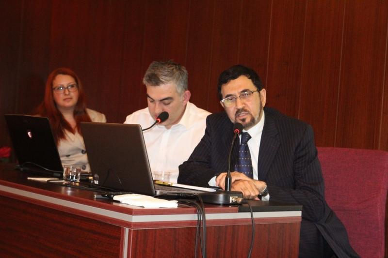 http://www.fatihsultan.edu.tr/resimler/upload/12017-04-13-10-19-13am.JPG