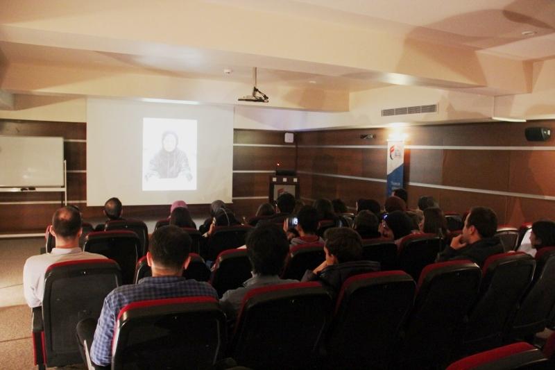 http://www.fatihsultan.edu.tr/resimler/upload/IMG_4882_1600x10672018-12-28-04-12-59pm2019-01-02-01-22-27pm.JPG